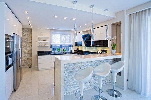 Biala Kuchnia Jakie Plytki Szukaj W Google Kitchen Furniture Design Home Kitchens Kitchen Furniture