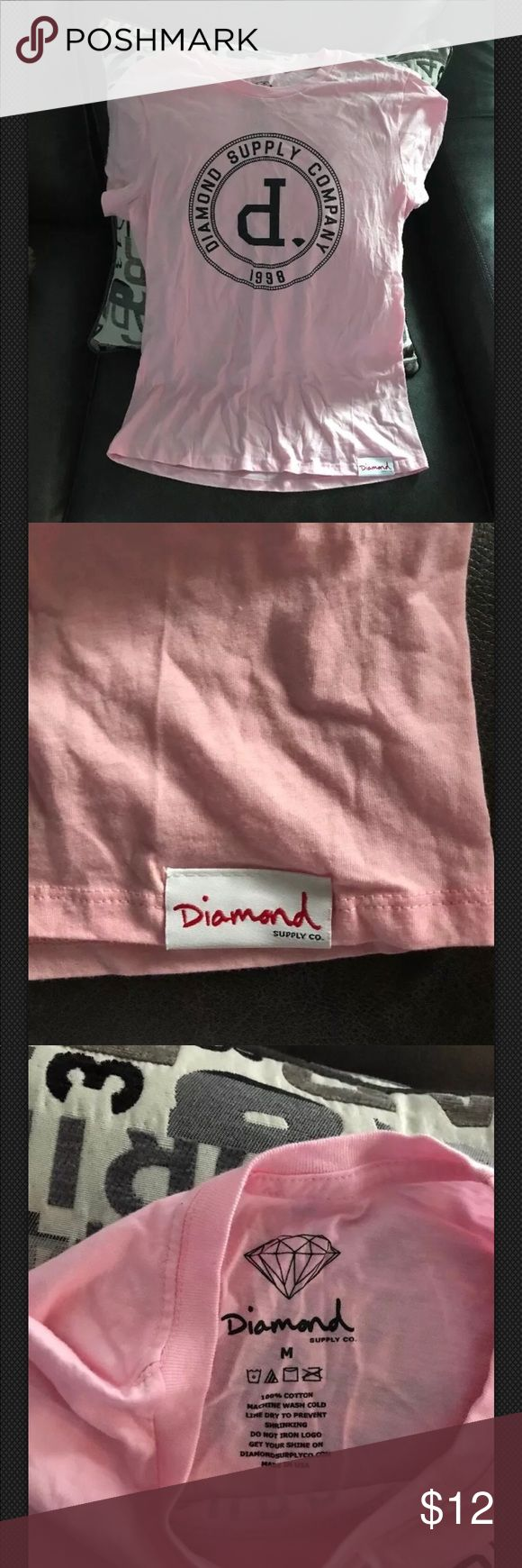 Women's Diamond Supply Company size M short sleeve Super cute in excellent condition Diamond Supply short sleeve T-shirt size M. Diamond Supply Co. Tops Tees - Short Sleeve