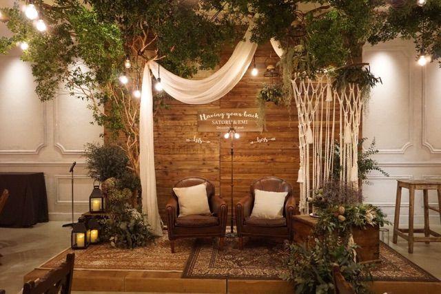空間のコーディネートがとびきりスタイリッシュなウェディング。BOHO WEDDINGを装飾…