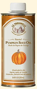 This roasted pumpkin seed oil follows century-old Austrian traditions