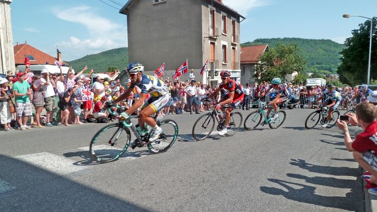 Bike Tour during the Tour de France: the electric atmosphere of this international competition and closeness with professional cyclists and their teams make this a very special cycling experience.