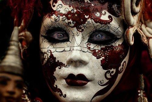 Creepy Doll Makeup |