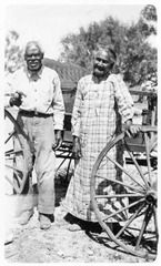 Bill and Ellen Thomas, ex-slaves, Hondo, Texas