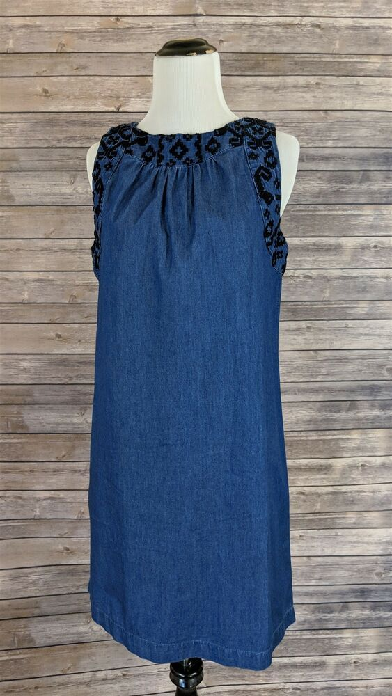 c817983a84186c  DenimDress Old Navy Chambray Sleeveless Embroidered Denim Shift Dress Blue  Size Small - Denim Dress  19.99 End Date  Tuesday Feb-26-20…