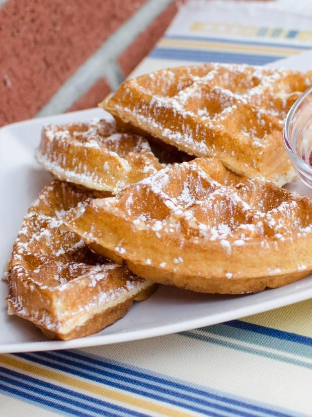 The most amamzing Buttermilk Waffles Recipe