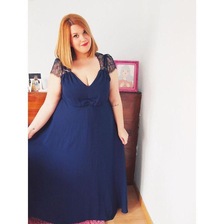 Gracias @asos_es todopoderoso por tener vestidos de fiesta asequibles en todas las tallas. Un problema gordibuenil menos en el mundo  by elenadevesa