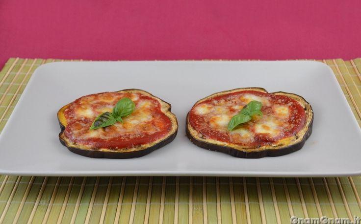 Scopri la ricetta di: Pizzette di melanzane