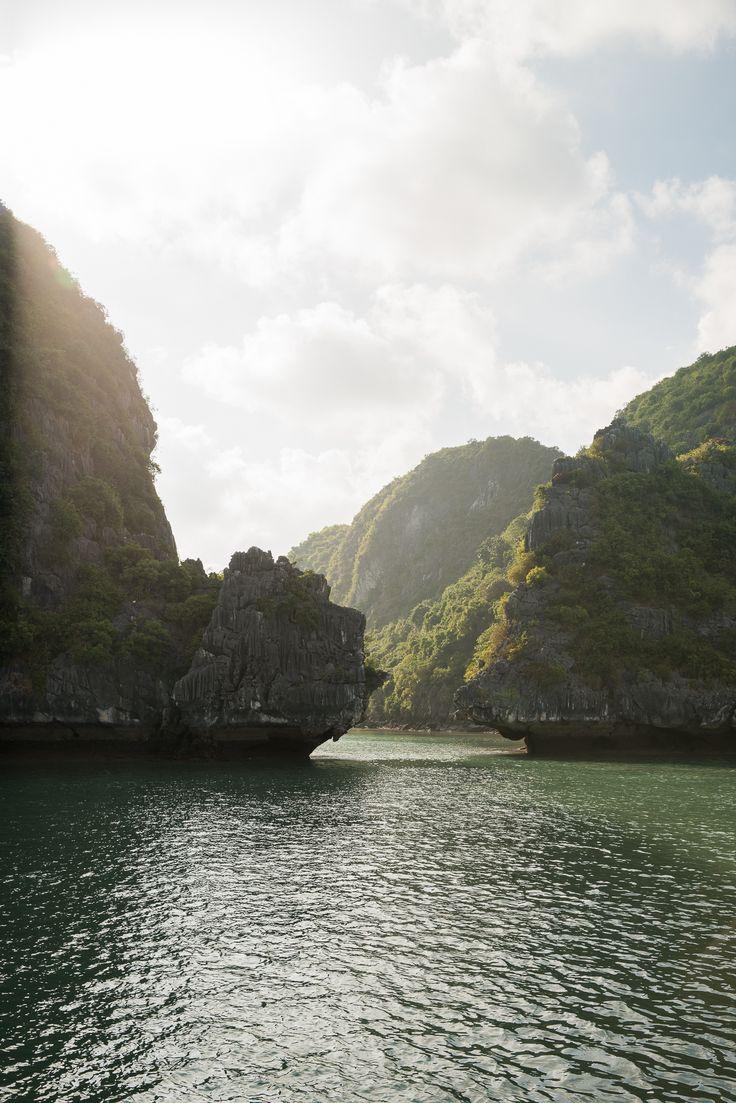 Travelogue: Ha Long Bay / See and Savour