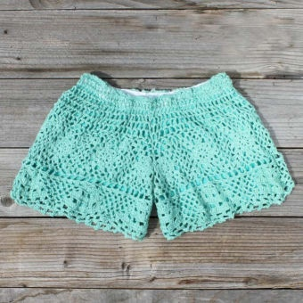 holy WOW!!  YES YES YES.  @Amy Wilson: At The Beaches, Blue Shorts, Mint Shorts, Crochet Shorts, Cute Shorts, Teal Shorts, Knits Shorts, Summer Shorts, Lace Shorts