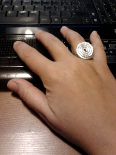 anello in filo di alluminio