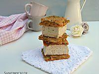 Sandwich di baklava con gelato al pistacchio, veloci e deliziosi