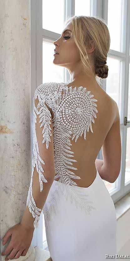 Breath-Taking Low Back Wedding Dresses ❤ See more: http://www.weddingforward.com/low-back-wedding-dresses/ #weddings