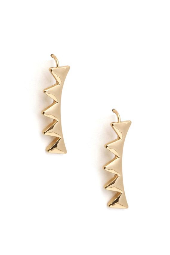 Hey, I found this really awesome Etsy listing at https://www.etsy.com/uk/listing/237797273/gold-triangle-ear-crawlers-gold-triangle