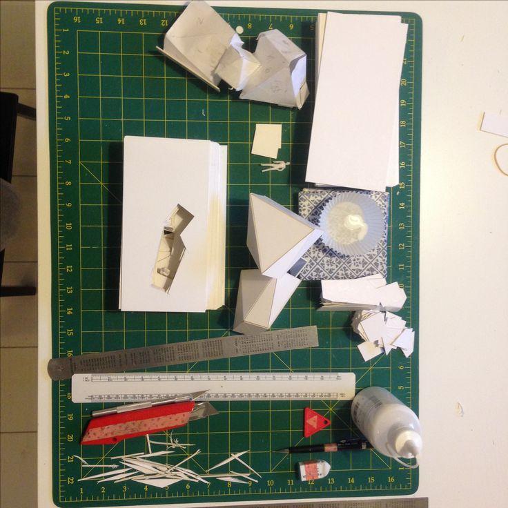 Design studio 1 Assignment 2 Space Working on model 3 subtract