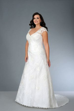 Plus Size lace Wedding Gown with Short Cap Sleeves