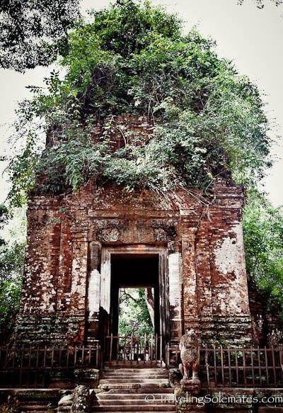 Prasat Krahom (Red Temple), Koh Ker, Cambodia