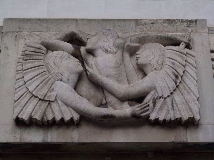 Watykan chroni i nagradza pedofilie http://evpo.st/1m0rjXX #watykan #nwo #ligaswiata #pedofilia