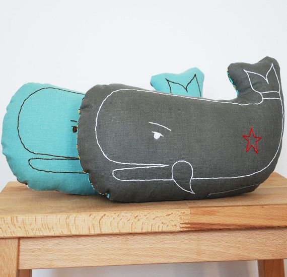 whale pillowCushions Pillows, Embroidered Whales, Pillows So, Diy Whales Nurseries, Baby'S Room, Baby Room, Baby Pillows Diy, Whales Pillows, Baby Stuff