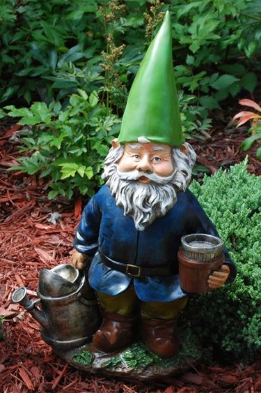 Gnome In Garden: 10 Best Gnomes Images On Pinterest