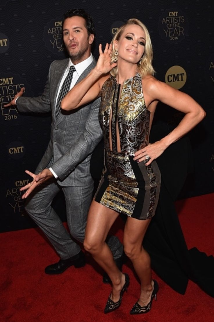 """Country music sucks"" Luke & Carrie: ""Sorry we can't hear you. We're too busy wining awards"""