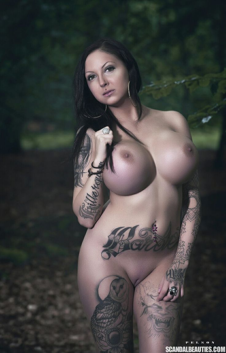 Fully tattooed girl fucked