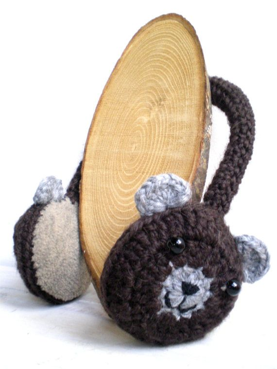 Brown Bear  Crochet earmuffs by FloralForest #j'ador Crochet #crochetearmuffs #crochetedearmuffs