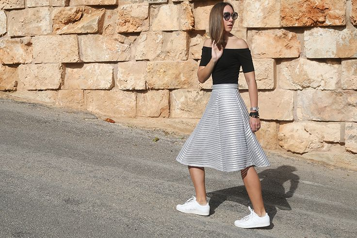 stylethemonkey.com // #ootd // Metallic skirts are all the craze On our recent trip to Mallorca, I brought a suitcase full of clothes. Let's just say, I had mastered the art of taking only what I really needuntil I became a blogger. Now I take a little more…not to anyones amusement, especially considering my suitcasehitting the airport …Read more...