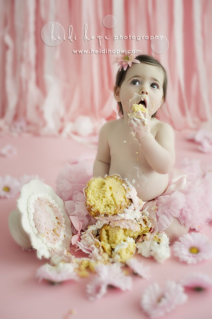 19 Best Cute Kids Eating Messy Cake Images On Pinterest