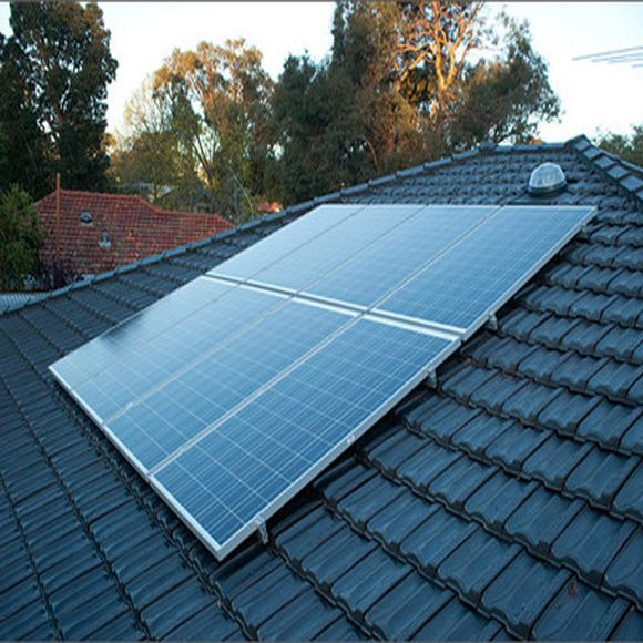 Is This Solar Panel Kit Right For Me A 5kw Solar Kit Requires Up To 400 Square Feet Of Space 5kw Or 5 Kilo Best Solar Panels Solar Panels Solar Energy Panels