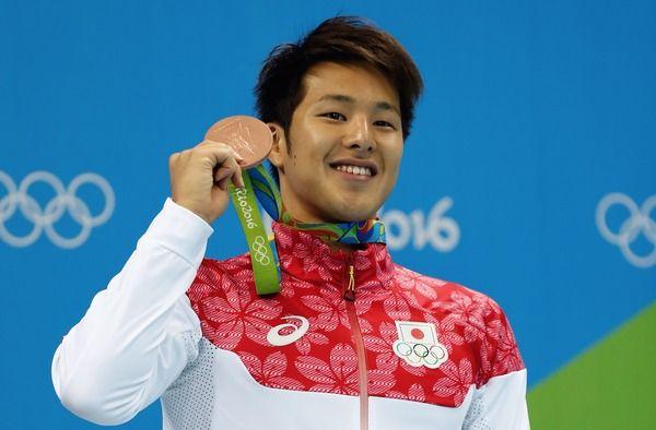 競泳・瀬戸大也、バドミントン・奥原希望とラリー対決「他競技を体験するのは刺激」