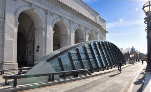 Union Station Bicycle Transit Center, DC / by KGP design studio