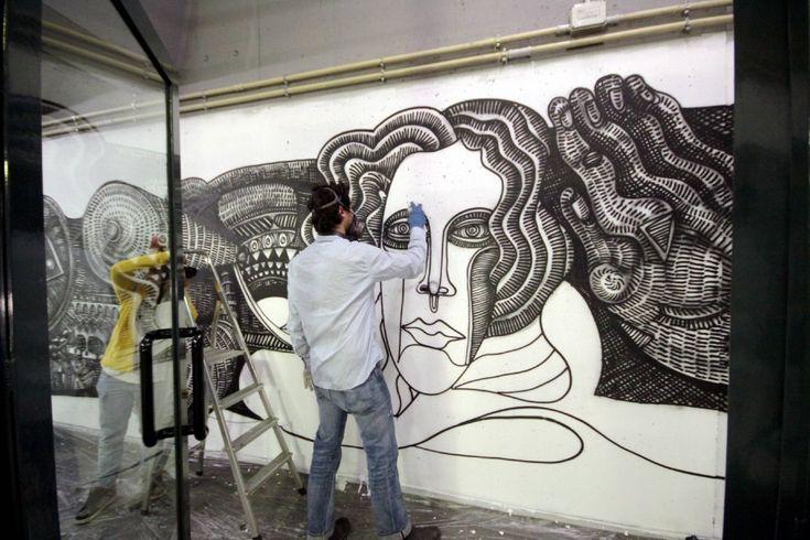 Arriva a Milano con una performance dal vivo il writer californiano Zio Ziegler, 26 anni e già migliaia di murales sparsi per gli Stati Uniti tra cui gli uffici di Facebook a Las Vegas. Si intitola 'Venere di Milano' il suo primo graffito italiano (ed europeo), che ha realizzato lavorando sei
