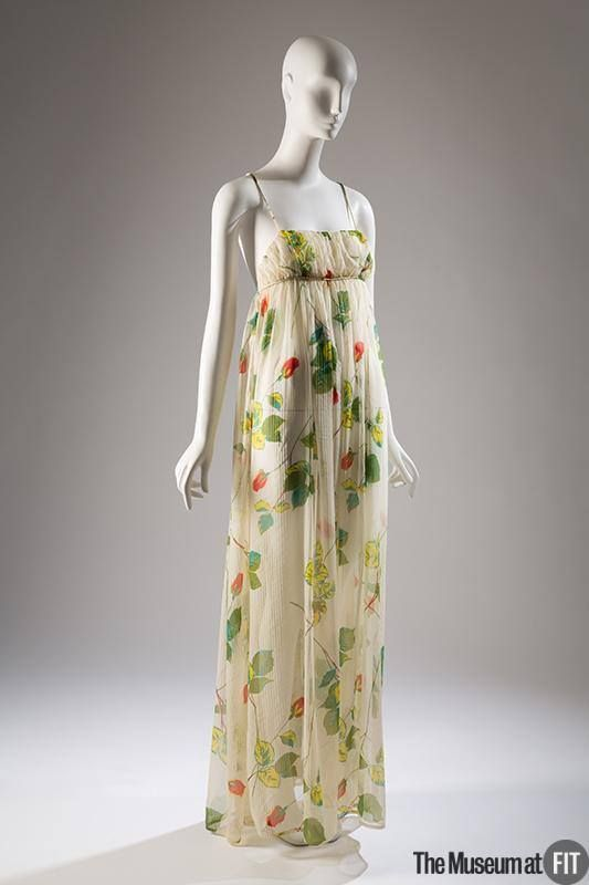Claire McCardell summer dress with printed leaves & roses, 1950. Collection of #museumatFIT