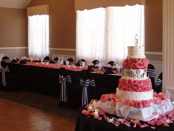 Wedding, Flowers, Cake, Pink, White, Black, Chaircovers, Headtable