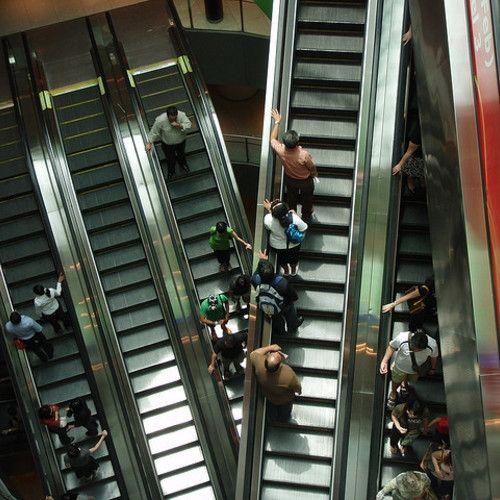 Todo lo que sabemos hasta ahora de las escaleras mecánicas asesinas
