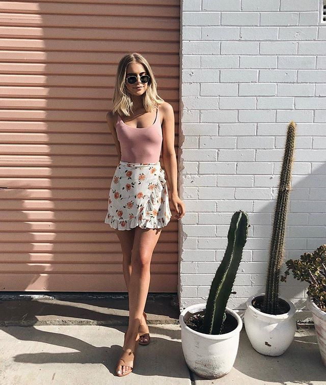 Oh hey, girl♡ @claudializzio wears ourSugarstone Bodysuit & Motel Miza Skirt Shop her look online now! #PollyGalpollygal #PrincessPolly