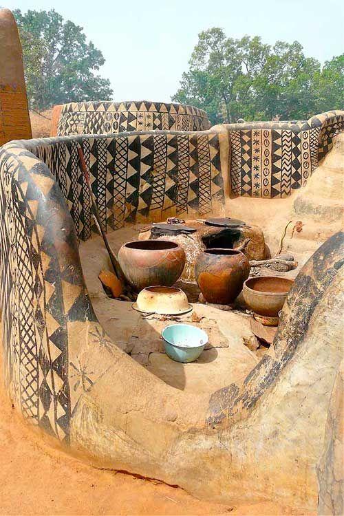 Tiébélé: El pueblo africano donde las casas son obras de arte   La Bioguía