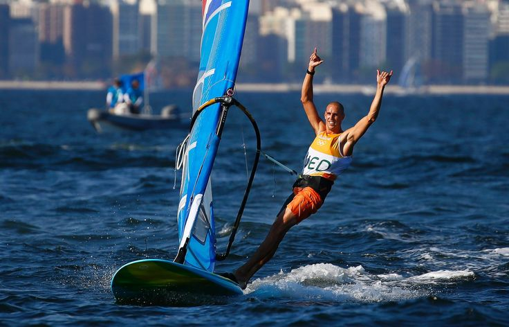 Dorian Van Rysselberghe of the Netherlands celebrates after winning the gold medal in the men's RS:X class race of the Rio 2016 Olympic Games Sailing events ...  (2592×1664)