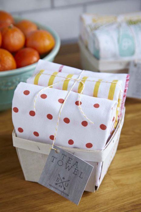 Berry Basket Tea Towel Set   Belle & Union