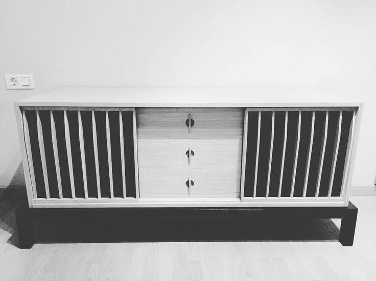 Furniture, buffet de roble y laca negra, sideboard, aparador, credenza, Lignarius Barcelona