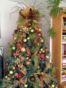 Christmas Tree Decorating Tutorial - Sow & Dipity