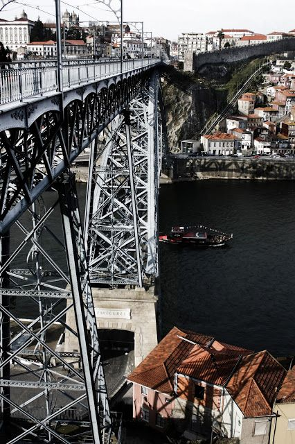 One of the bridges over the Douro river in Oporto #Portugal