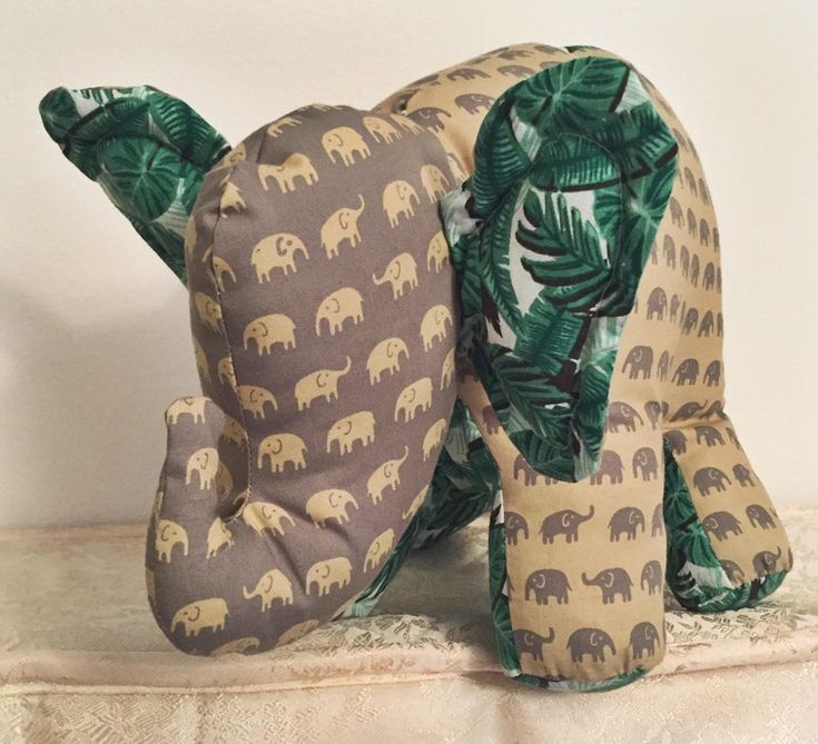 [Pattern in comments] My first big(ish) project! My boyfriend named him Percival. : sewing