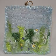 This meadow design keyring has been hand embroidered onto a unique felted background and gently filled with a layer of polyester wadding - a pretty stocking filler! A variety of hand-dyed fibres are felted onto an 'eco' felt ( produced from recycled pl...