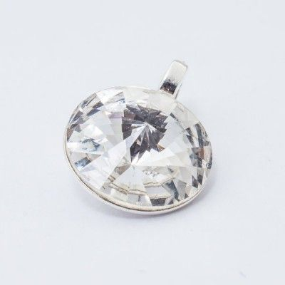 Swarovski Rivoli Pendant 12mm Crystal  Dimensions: length: 1,7cm stone size: 12mm Weight ~ 1,40g ( 1 piece ) Metal : sterling silver ( AG-925) Stones: Swarovski Elements 1122 12mm Colour: Crystal 1 package = 1 piece Price 12.90 PLN