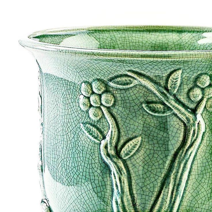 CRAQUELET  #marionisrl #marioniconceptcollection #ceramica #ceramics #handmade #art #clay #design #italy #ceramicart #italia #madeinitaly #fattoamano #home #deco #interiordesign #homedecor #artigianato #vaso #casa #ceramique #luxurylifestyle #luxury #fashion #style #lifestyle #design #luxurylife #craquelet