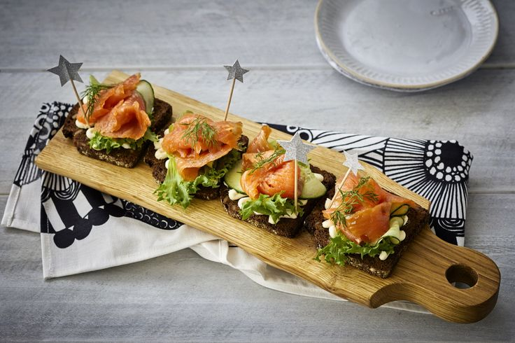 Savoury at it´s best - rye bread with salmon.