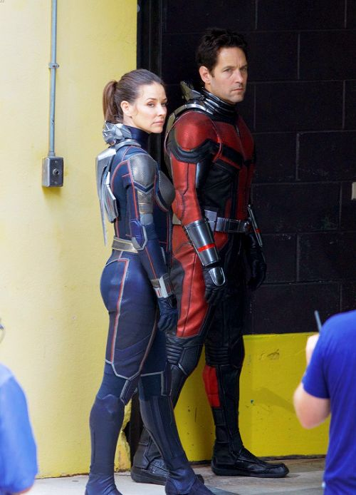 Paul Rudd and Evangeline Lilly filming Ant-Man & the Wasp...