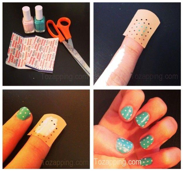 Decoración de uñas de lunares manicura