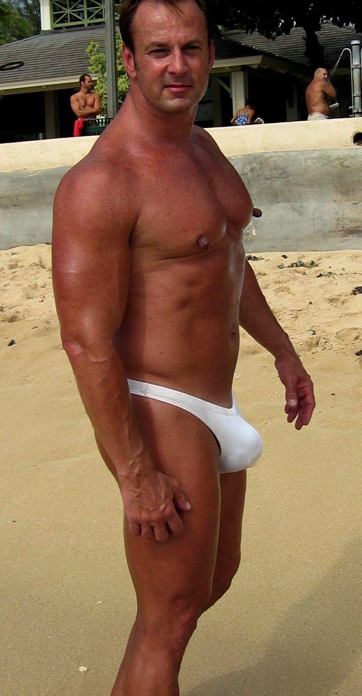 Gay nipps